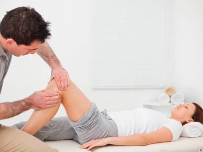 bolesti v koleni