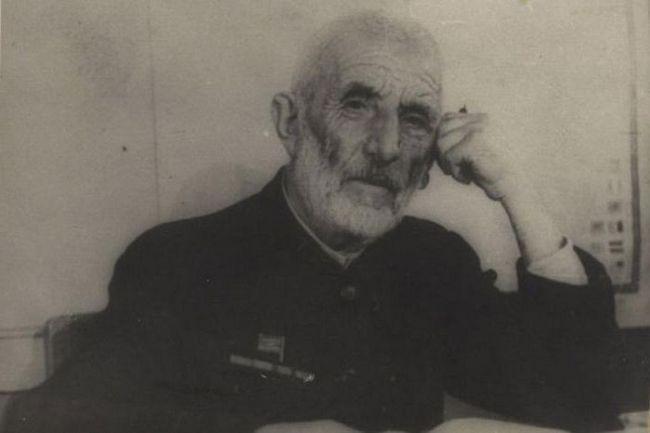 Gamzat Tsadasa: životopis spisovatele Avarian