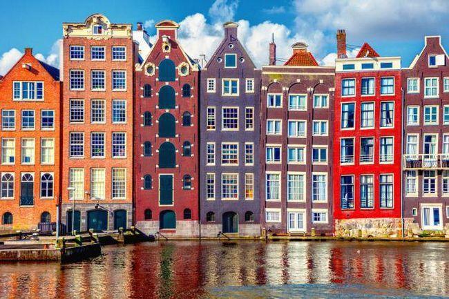 Erb a vlajka Amsterdamu: popis a smysl