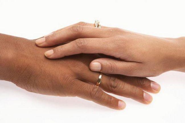 Exogamie je druh manželské svazky