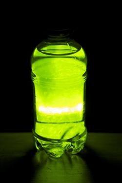 Jak vyrobit světelnou kapalinu doma?