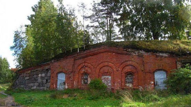 Pevnost Trogzund s dungeony: adresa, fotografie, perspektiva