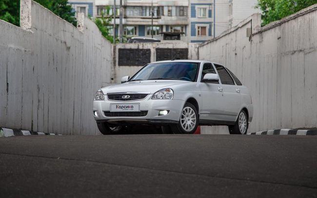 Lada Priora hatchback: specifikace a recenze