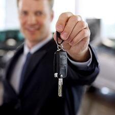 Manažer prodeje automobilů. Co je důležitější: profesionalita nebo osobní vlastnosti?