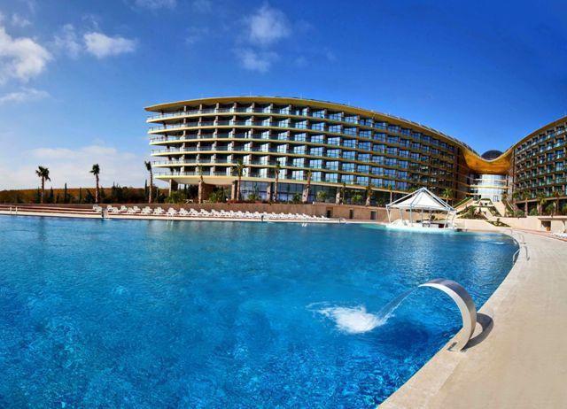 Hotely v Krymu s bazénem: Golden Resort, Mriya Resort & SPA, Soldaya Grand Hotel
