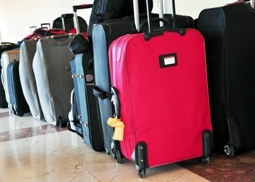 Při cestě nezapomeňte se naučit vybrat kufr na kolečkách