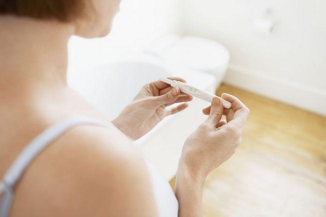 Brzké těhotenství: první příznaky a důsledky