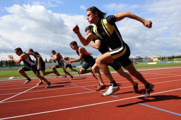 Vychází z atletiky jako způsobu úspěchu