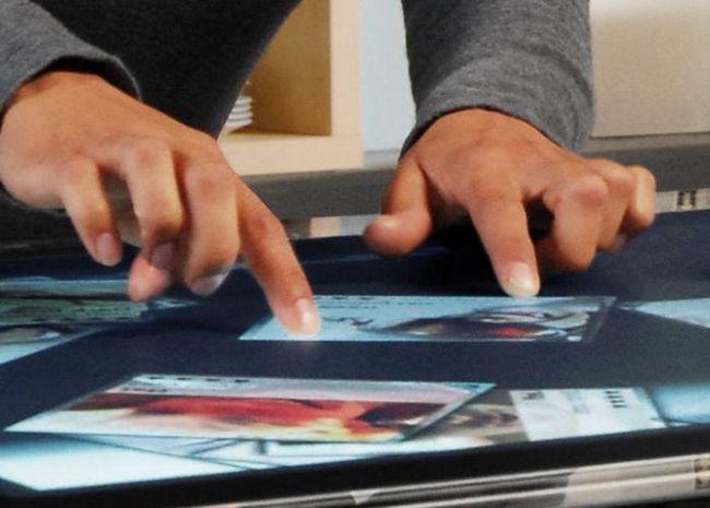 Dotkněte se obrazovky rukama. Pokyny