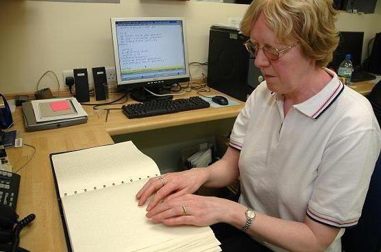 písmo pro nevidomý braillský řádek