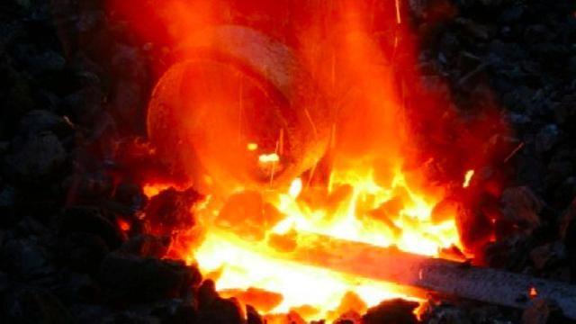 Kalení kovu. Metody od starověku po moderní dobu